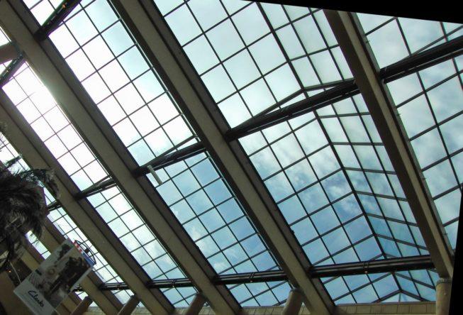 naprawa świetlików dachowych